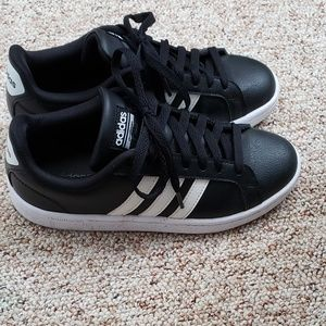 Addidas Cloudfoam leather sneakers